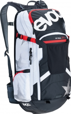 EVOC FR 20L trail unlimited / black-white
